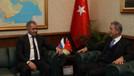 Şoygu ile Akar'dan İdlib görüşmesi