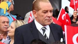 Atatürk'e benzeyen adama tepkiler artıyor!