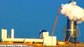 SpaceX roketi Starship, test sırasında patladı