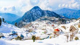 Pakistan'da rekor kar yağışı 14 can aldı