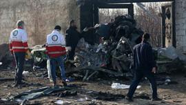 İran uçağı füzeyle vurulduğunu doğruladı