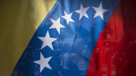 Venezuella İngiltere'yi mahkemeye veriyor