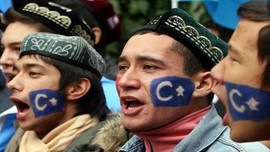 Çin'de Uygurlara soykırım uygulanıyor!