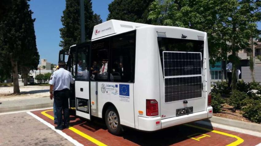 İlk elektrikli otobüs Baf'ta hizmete girdi