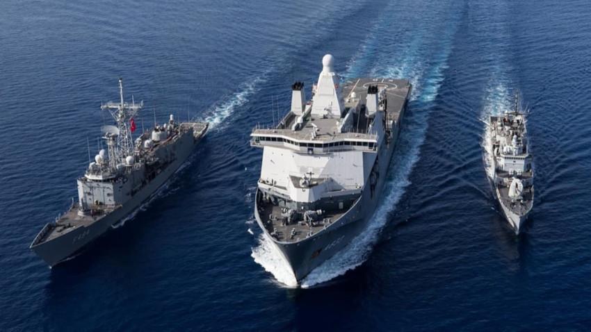 Fransız savaş gemisi Baf açıklarında