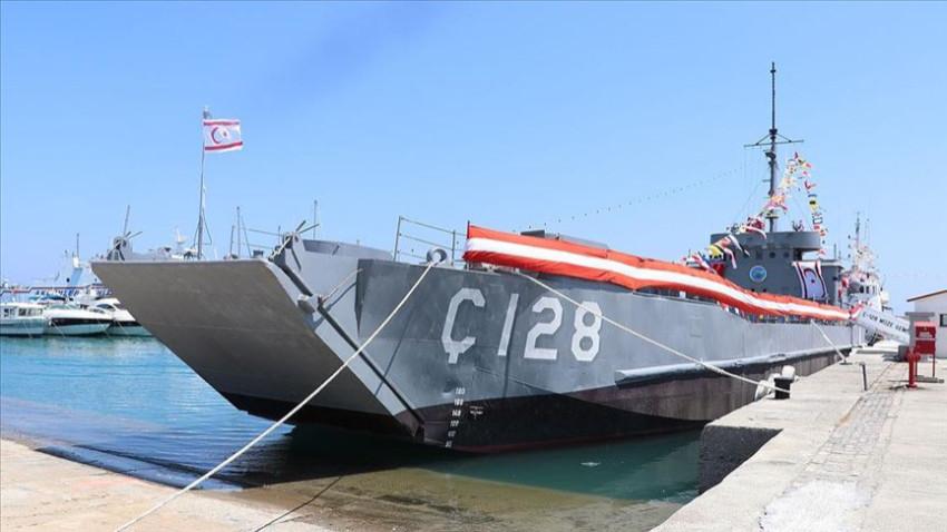 'Ç-128' müze gemisi KKTC'de ziyarete açıldı