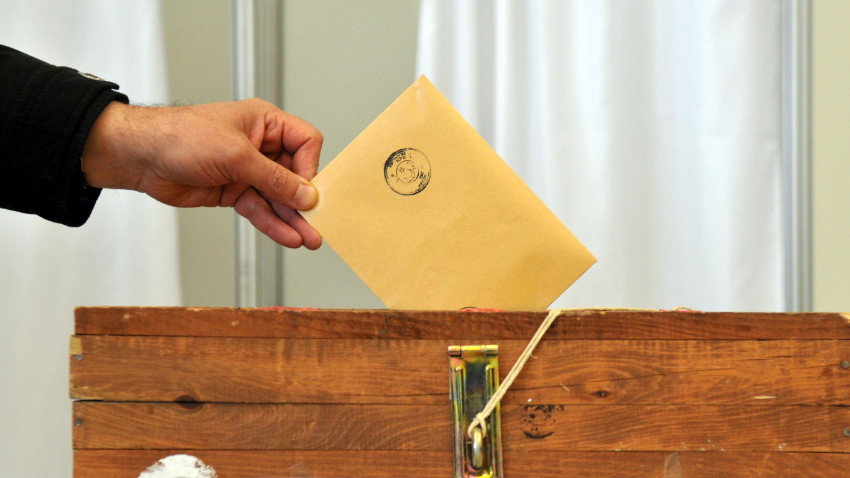 YSK, seçim için kesinleşen adayları ilan etti