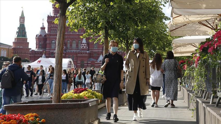 Rusya'da altı bin 421 yeni koronavirüs vakası