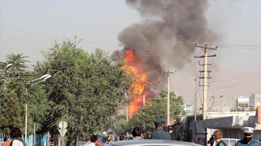 Afganistan'da askeri karakola bombalı saldırı