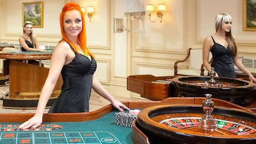 Korona tedbirleri için kapatılan casino ve barlar yeniden açılıyor