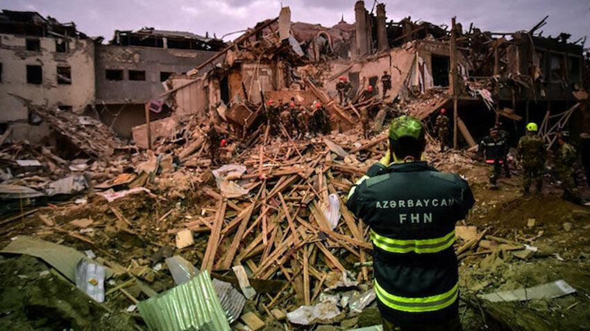 Ateşkesi bozan Ermenistan Azerbaycan'da sivil halka füze yağdırdı! 9 ölü