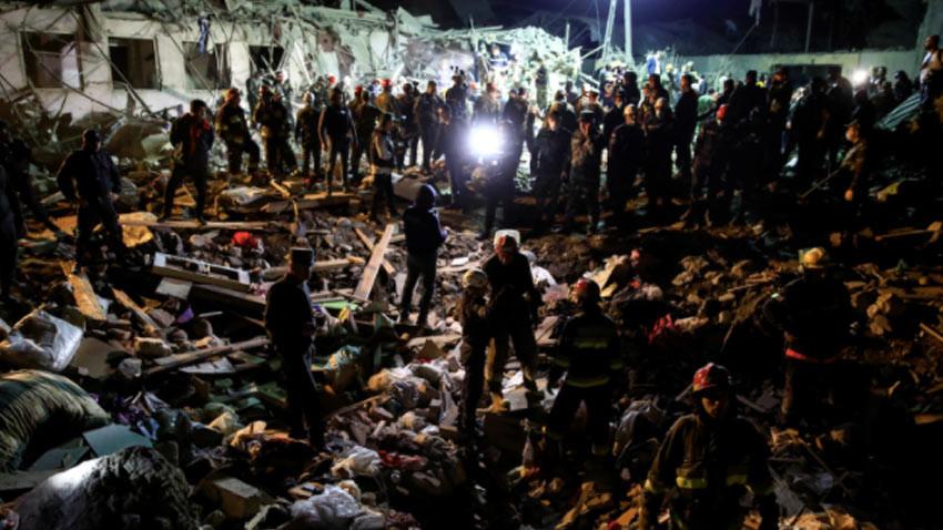 Ermeniler'den sivil katliamı! Gence'ye atılan füzeyle 13 kişi öldü...