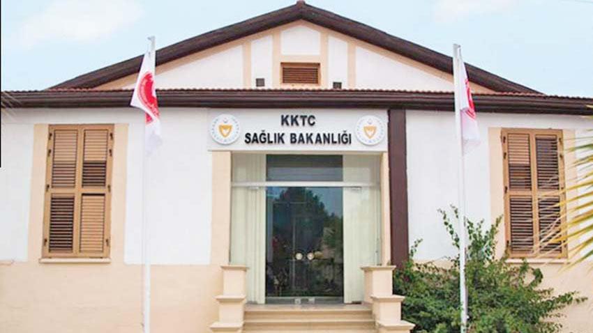 KKTC'de pozitif vaka sayısı artıyor! Sağlık Bakanı uyarıyı yaptı: Yasal işlem!
