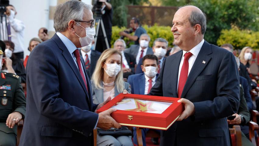 KKTC 5. Cumhurbaşkanı Ersin Tatar törenle görevi devraldı!
