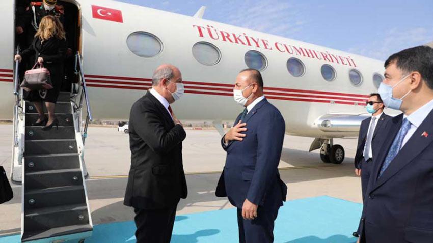 Cumhurbaşkanı Ersin Tatar'a Ankara'da maskeli karşılama