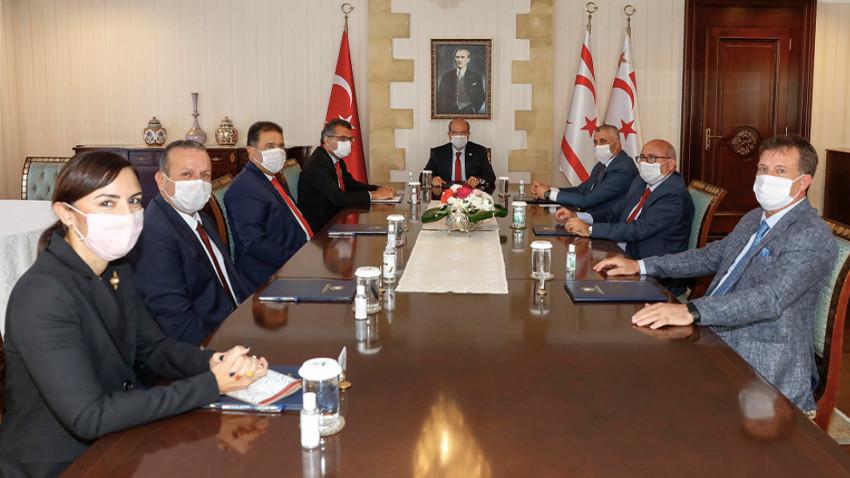 Ersin Tatar siyasi parti temsilcileri ile toplantı yaptı