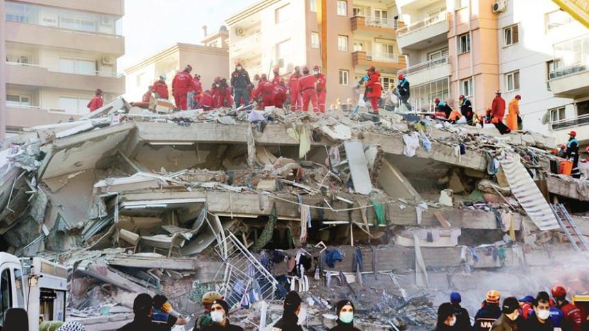 İzmir depreminde son rakamlar açıklandı! Dualar kurtarılmayı bekleyenler için
