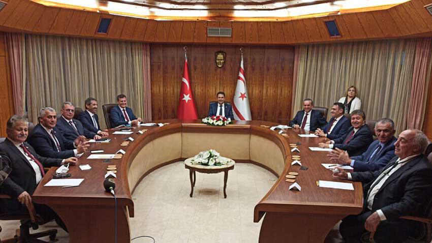 Ersan Saner Başbakanlığında ilk Bakanlar Kurulu toplantısı