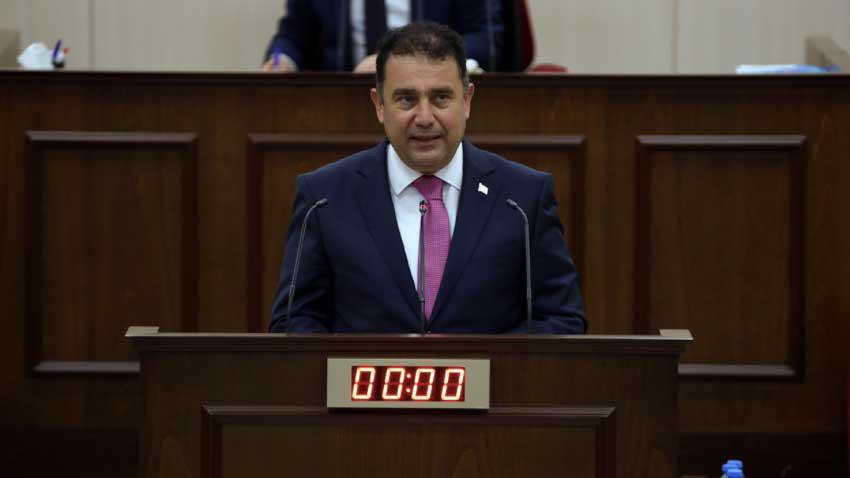 UBP-DP-YDP Koalisyon Hükümeti güven oyu aldı... 3 vekil çekimser oy kullandı