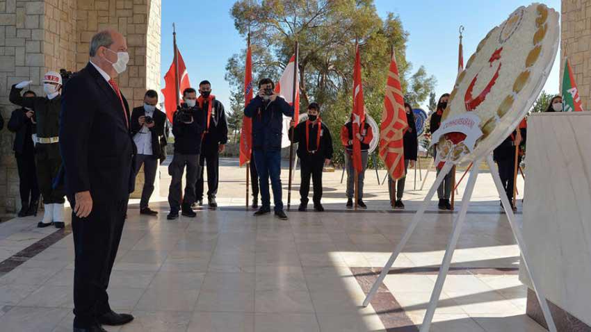 Kıbrıs Türkünün ebedi lideri Dr. Fazıl Küçük ölüm yıldönümünde anıldı