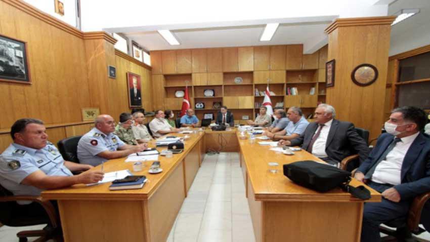 Deprem sonrası olumsuz ihbar yok! Afet ve Acil Durum Yönetimi Komitesi açıkladı