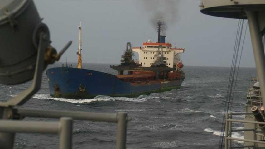Afrikalı korsanlar gemiyi basıp 15 Türk mürettebatı kaçırdı! 1 ölü var!