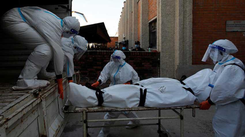 Londra'dan kara haber! Koronavirüsten ölenlerimiz çoğaldı
