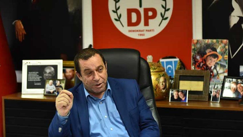 Serdar Denktaş partisi ile bağını kopardı! Seçimde kimi destekleyecek?