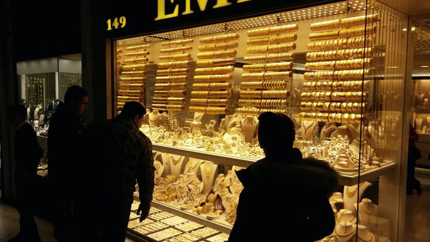 Altın fiyatları ne olacak? Alalım mı satalım mı?
