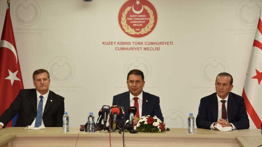 KKTC'de koalisyona erken seçim bombası düştü! Ataoğlu sert eleştirdi...
