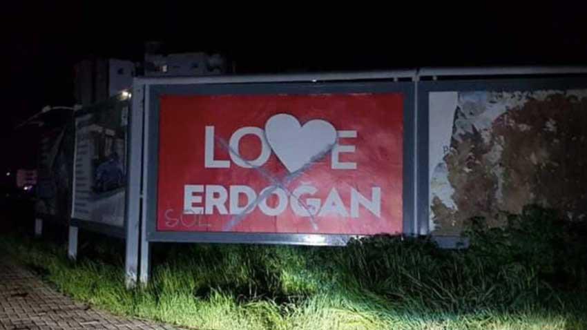 KKTC'de Love Erdoğan afişlerine tahrifattan 3 tutuklama! Olaylar büyüyor